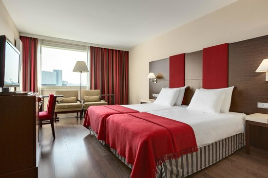 nh schiphol airport hotel review