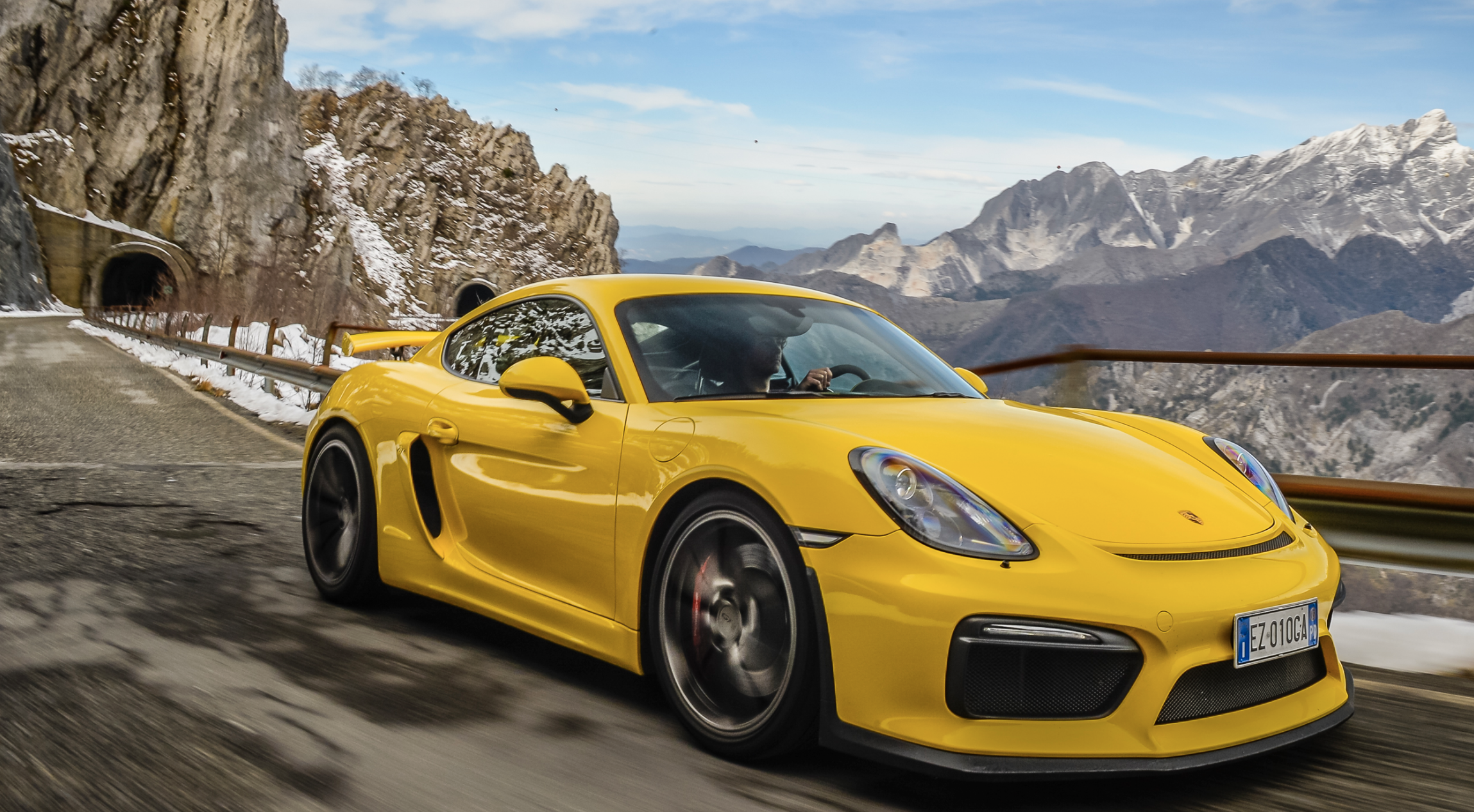 cayman gts review chris harris